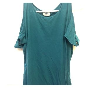 Women's off the shoulder shirt sleeve top!